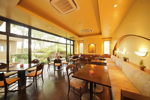 cafe_center_001_b