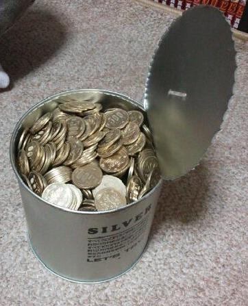 ウチに置いてあった500円貯金の缶が盗まれたが、中に入っているのは…