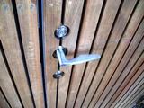 玄関ドアのレバー
