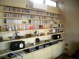 リビングの書棚