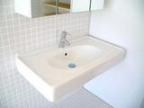 洗面器「easy 02」と水栓「Talis S」