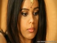 【xvideos】インド系美女の幻想的なヌードイメージビデオ