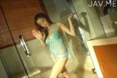 【松金ようこ】おっぱいがお尻みたいにたわわな巨乳おっぱいの女の子の着エロイメージビデオ