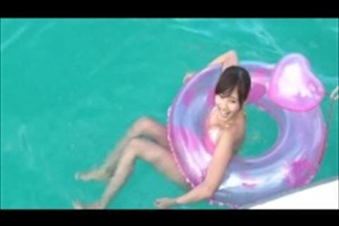 【fc2】グラビアアイドルがレアなお宝水着姿でかき氷を食べる姿が宇宙一可愛い