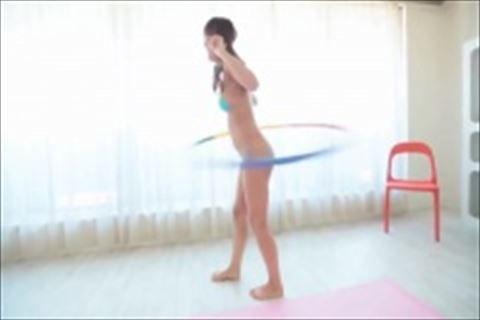 元SKE48 極小ビキニ着衣でフラフープで踊るさわやかダンスっす!