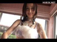 【xvideos】Fカップ美少女のイメージビデオ。今は人妻