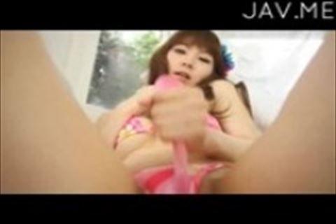 【水着】乃神ユリアトロピカルなビキニ姿の綺麗な娘が棒でおまん○を弄る着エロイメージビデオ