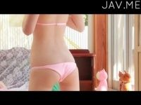 【xvideos】可愛いショートの娘が薄ピンクのビキニで小さなお尻をプリプリ可愛い着エロイメージビデオ
