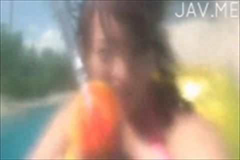 【イメージビデオ】常夏のプールで水鉄砲でカメラにいたずら弾ける笑顔に癒やされる真夏のイメージビデオ巨乳と美乳