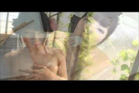 【平岡なつき】巨乳パイパン美少女のイメージビデオ