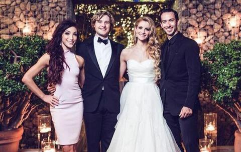 チャーリーとタニスの結婚 2 アイスネットワークの記事