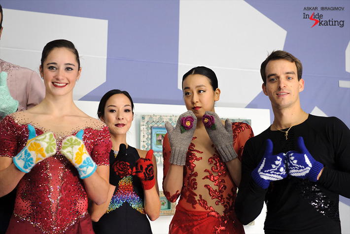 The-medalists-and-their-mittens7