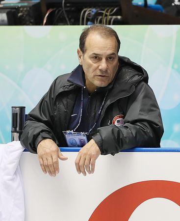 アルトゥニアンコーチ