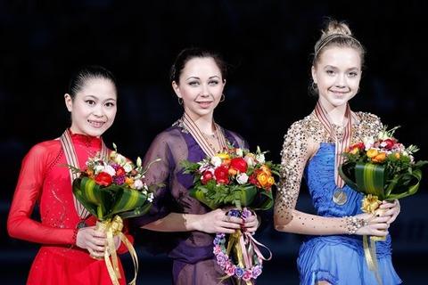 ladies-podium-467868360