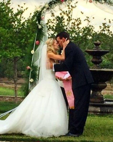 USペア シメカ & クニエリムさんたち ご結婚!