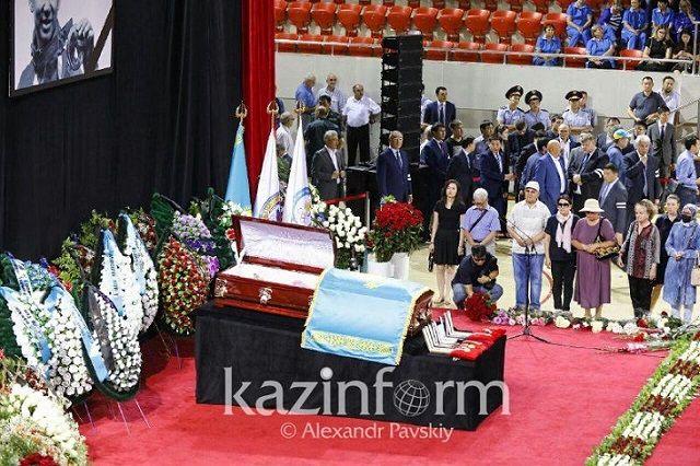 テンくん 国葬