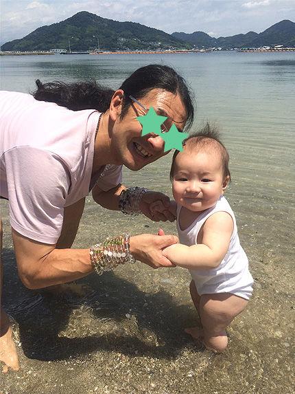 ツキの初海水浴1