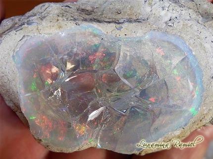 エチオピア産オパール原石�