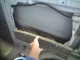 キャラバン板金前 室内バラシ 防振材も剥がします