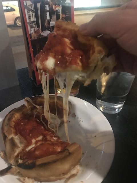 GIORDANO'S DeepDishPizza (3)