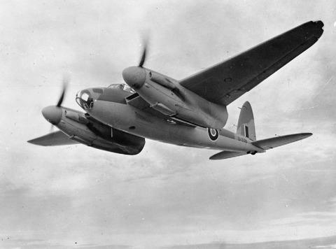 De_Havilland_Mosquito-DK338-1942