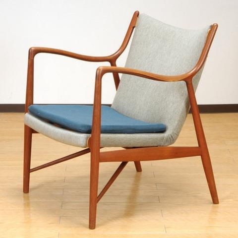 「椅子選び」