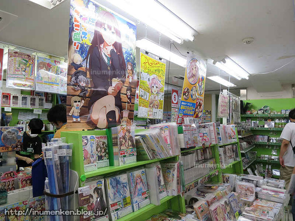 n_st_110(秋葉原、メロンブックス本店店内