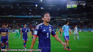 tv_27(サッカーW杯「日本VSコートジボワール」落胆する日本代表