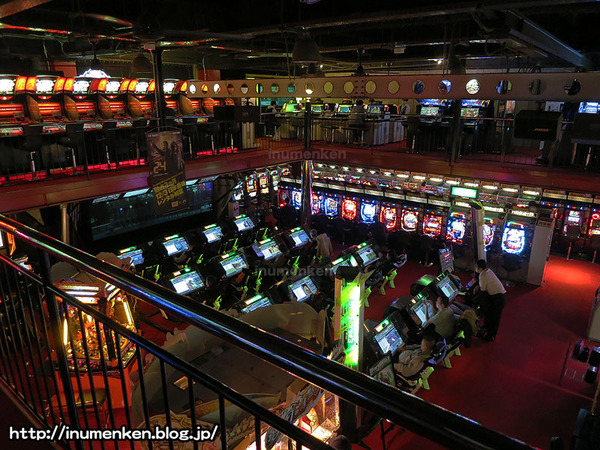n_s_657(ゲームセンター「ウェアハウス」2階から(足立区・保木間