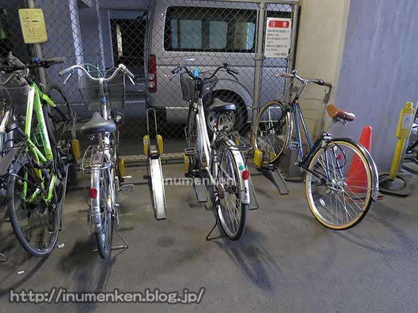 n_st_170(秋葉原の自転車置き場