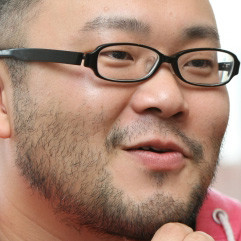 漫画家・佐藤秀峰氏「漫画家の平均印税収入」 : 漫画家志望の犬さん