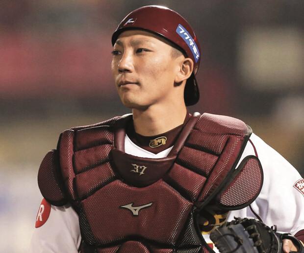 shima-motohiro-baseball-player