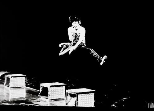 稲葉ジャンプ