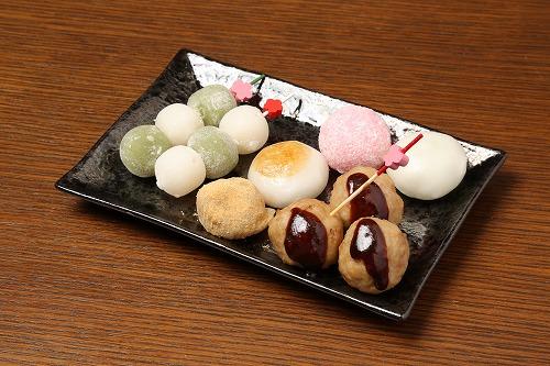"""Bar HONEST_JAPAN名物""""七色殺人団子"""""""