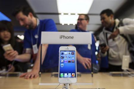 1fa70e857c ... 名称を登録していた現地企業に使用権を与える方針であることが分かった。関係筋が5日明らかにした。これにより、アップルは中南米最大の市場で「 iPhone」の ...