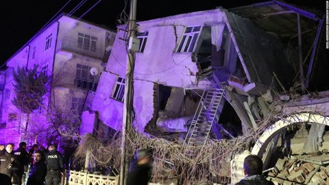 01-turkey-earthquake-0124