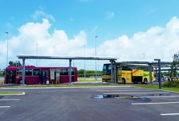 LCCと路線バス (1024x692)