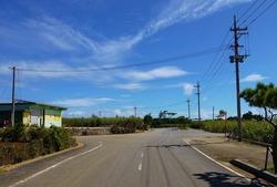 04牧山への農道交差点 (889x601)