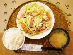 09 11 野菜いため定食 (1024x774)