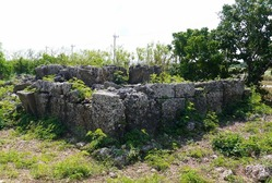 14巨石墓2 (912x615)