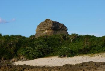 カッフィからの帯岩 (1024x692)