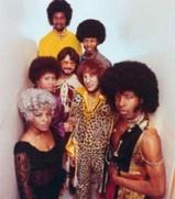 Nivel3_335_220px-Sly-family-stone-1969-promo