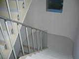 階段テスリ