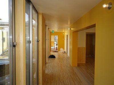 保育園廊下1
