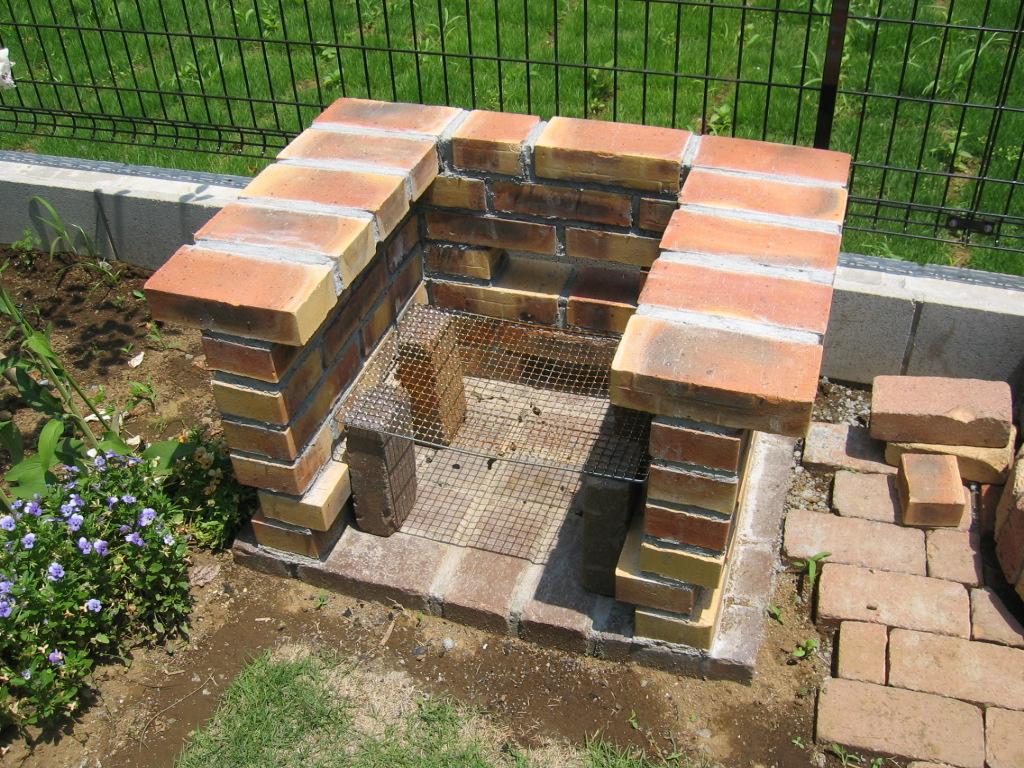 Печка для дачи из кирпича своими руками: 10 правил кладки