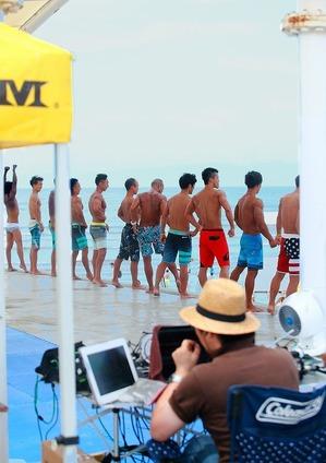 17_07_22 muscle beach_men`s physique_16