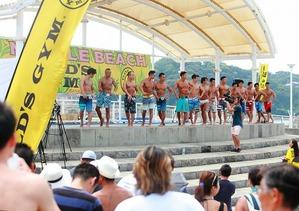 17_07_22 muscle beach_men`s physique_06
