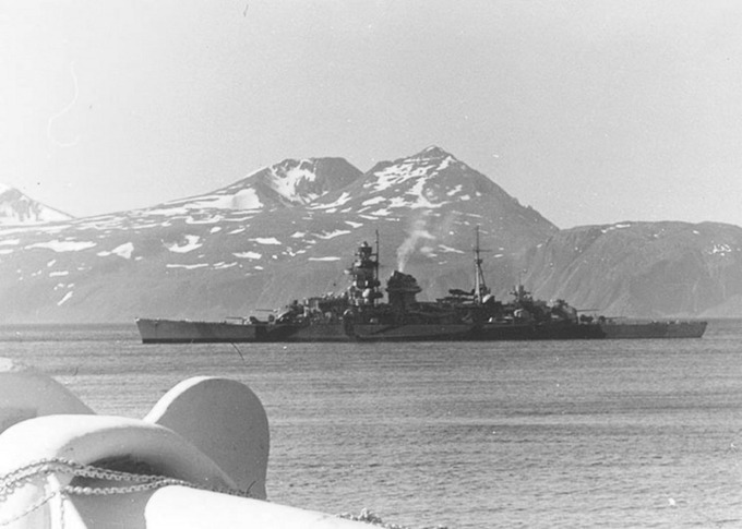 German heavy cruiser Admiral Hipper off the coast of Norway_o