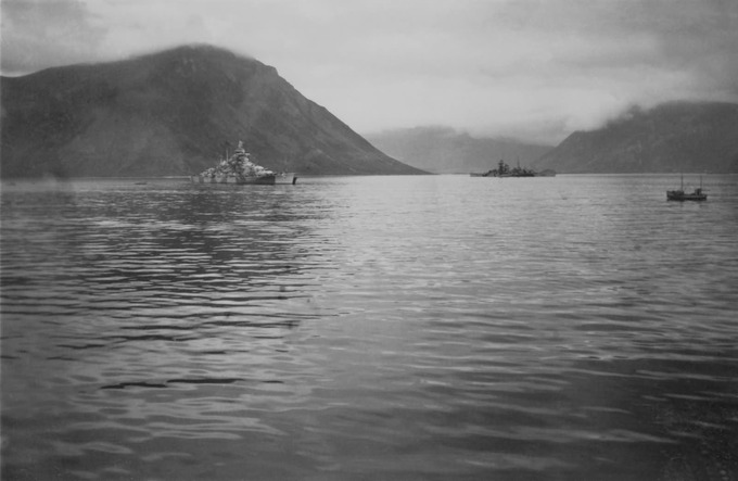 Tirpitz_battleship_in_Norway