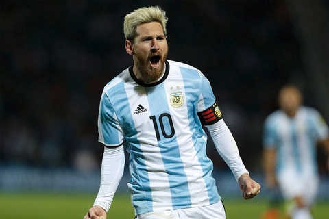 Messi-goal-puts-Argentina-top-of-World-Cup-group